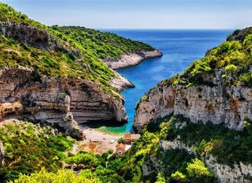 Blue Cave from Trogir with Primosten Excursions