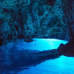 Private speedboat trip to Blue Cave Croatia
