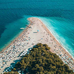 Private boat tour to Island Brac and Bol